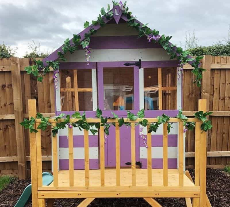 7-ideas-for-decorating-a-kids-playhouse-1-fairtytale-castle