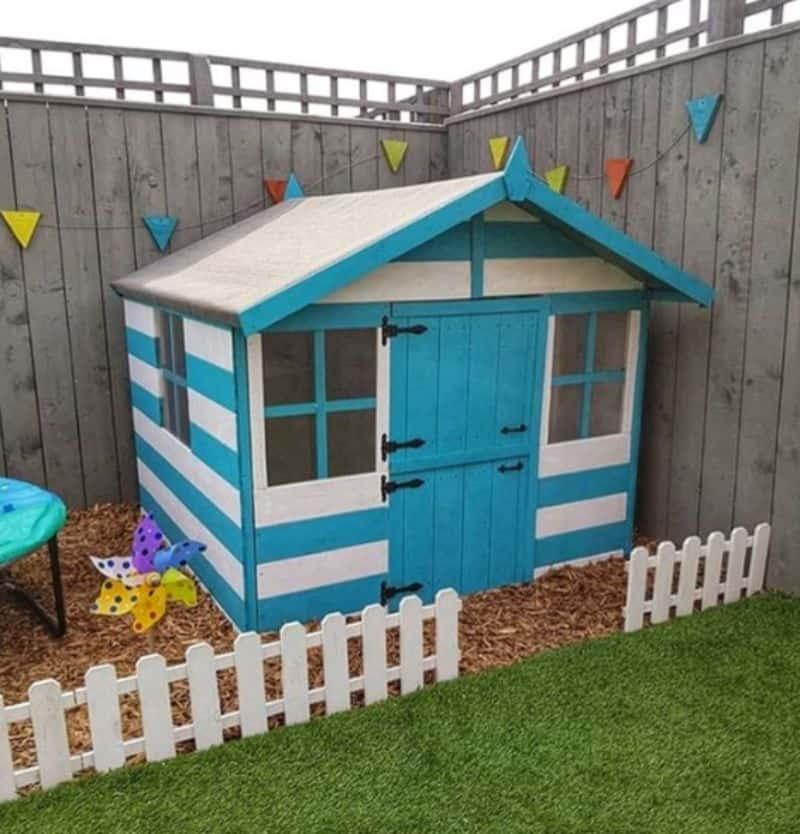 7-ideas-for-decorating-a-kids-playhouse-2-beach-hut