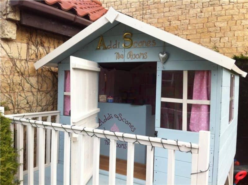 7-ideas-for-decorating-a-kids-playhouse-8-diy-cafe-playhouse