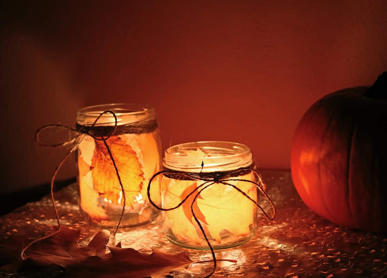 9-best-recycled-crafts-1-autumn-mason-jar-candle-holder-pexels-
