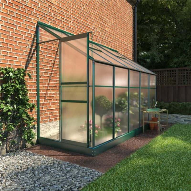 advantages-of-a-polycarbonate-greenhouse-2-better-light-infusion-uv-protection