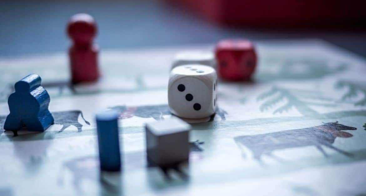 7 of the Best Family Board Games You Can Play At Home