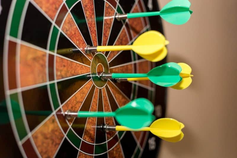 cool-things-you-should-have-in-your-garden-bar-4-dart-board-pixabay
