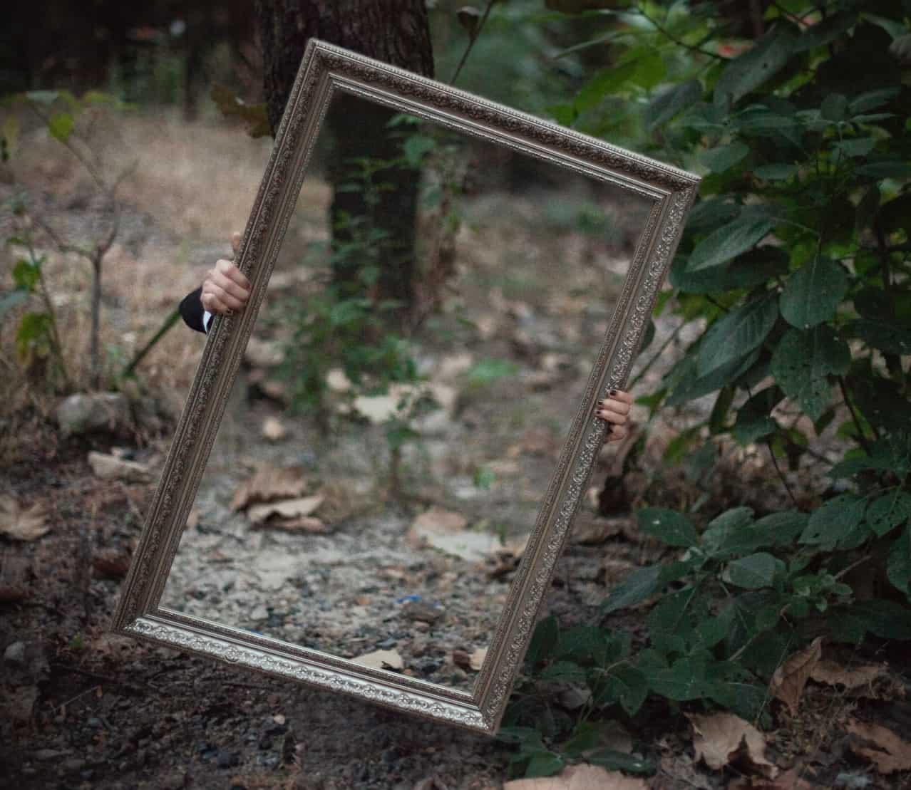 easy-garden-makeover-13-mirrors