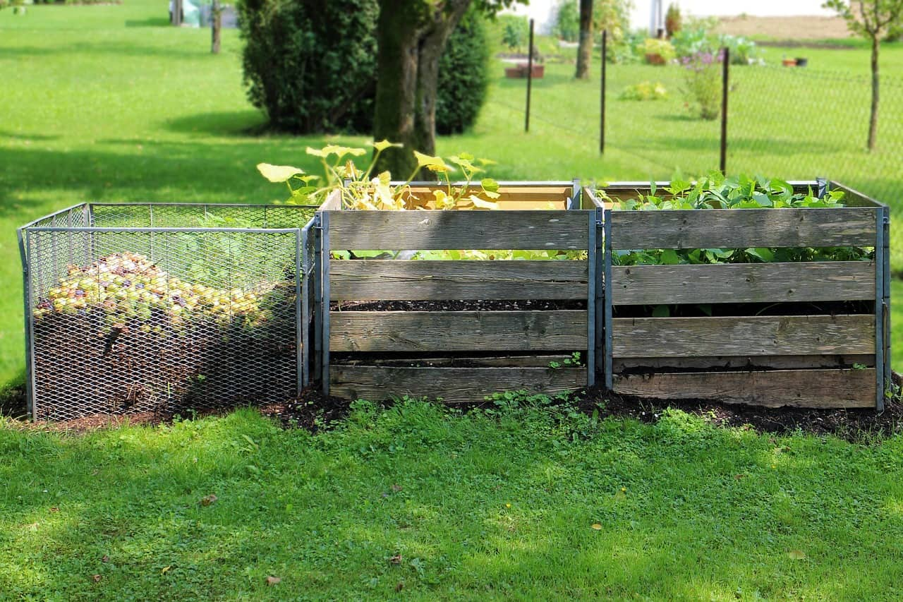 proper-composting-dos-donts-6-leave-it-uncovered