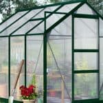 The 9 Advantages of a Polycarbonate Greenhouse over a Glass One